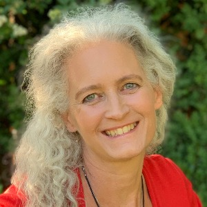 Speaker - Iris Zimmer